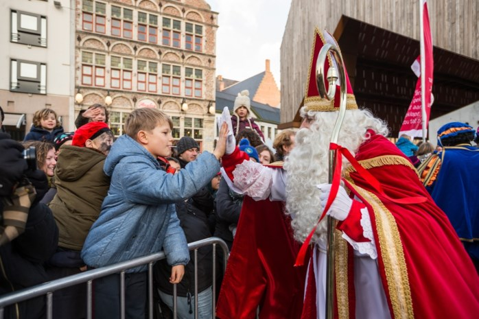 42.000 euro voor digitale Sinterklaas: 15.000 Gentse gezinnen krijgen videoboodschap