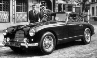 Te koop: de rode Aston Martin waarmee koning Boudewijn door Limburg reed en stopte om een frietje te eten