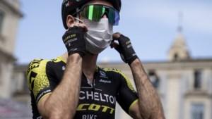 Corona-alarm in Giro: Simon Yates start niet meer na positieve test, ploegmaats mogen in koers blijven