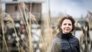 """Francesca Vanthielen, digitale procureur in 'Assisen online': """"Ik maak me eigenlijk niet zo vaak kwaad. Dat komt gewoon zo over"""""""