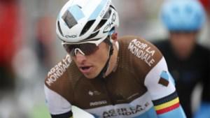 """Oliver Naesen grijpt naast de ritzege in BinckBank Tour, maar: """"Dan toch liever Mathieu van der Poel als winnaar"""""""