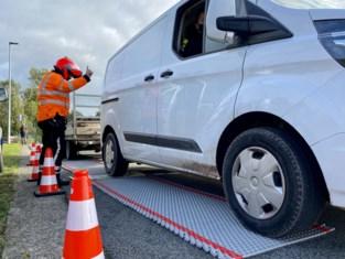 Controle vrachtwagenbestuurders levert ruim 21.000 euro aan boetes op