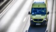 Vrachtwagen stort van brug in Sprimont