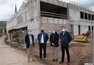 Nu nog een bouwwerf, maar nieuwe academie en bibliotheek openen volgend jaar in september de deuren