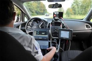 Politie controleert uitvoerig op snelheid