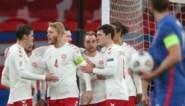 Denemarken doet Rode Duivels koppositie cadeau, Oranje herpakt zich onder Frank de Boer