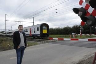 """Stadsbestuur gaat niet akkoord met voorstel rond afschaffing of vervanging van spooroverwegen: """"Dit is geen kleine ingreep"""""""