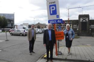 """Unizo pleit voor een nieuw en modern parkeerbeleid: """"Zoekverkeer moet verminderen"""""""