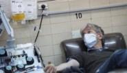 """Mannen die genezen zijn van Covid-19 kunnen nieuwe patiënten helpen: """"Ziekte wordt waarschijnlijk afgeremd of zelfs gestopt"""""""