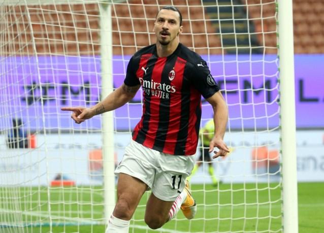 AC Milan wint voor het eerst in bijna 5 jaar van stadsrivaal Inter: Ibrahimovic zorgt voor zege in drie dolle minuten, ook Lukaku scoort