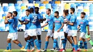 Napoli speelt Atalanta nog voor rust op een hoopje in Italiaanse topper, Mertens deelt assist uit
