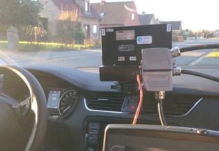 Snelheidscontroles: 106 km per uur in Veldstraat