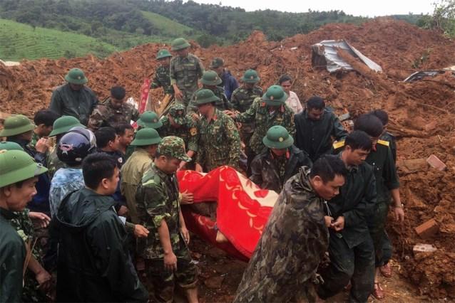 Meer dan twintig soldaten bedolven na aardverschuiving in Vietnam