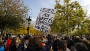 """Onthoofding bij Parijs onderzocht, politieoperaties tegen """"tientallen personen"""" aan de gang"""