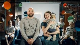 """Groot gezin uit Schriek te gast in 'Durf Te Vragen': """"Onze vijf kinderen komen niets tekort"""""""