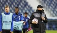 Minimum dertien spelers, spelen in het buitenland en dertig procent supporters: zo wil de UEFA Europees voetbal laten doorgaan