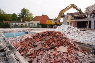 Een van de twee openluchtzwembaden in Gent gesloopt: nog 3,5 jaar wachten op vervanger