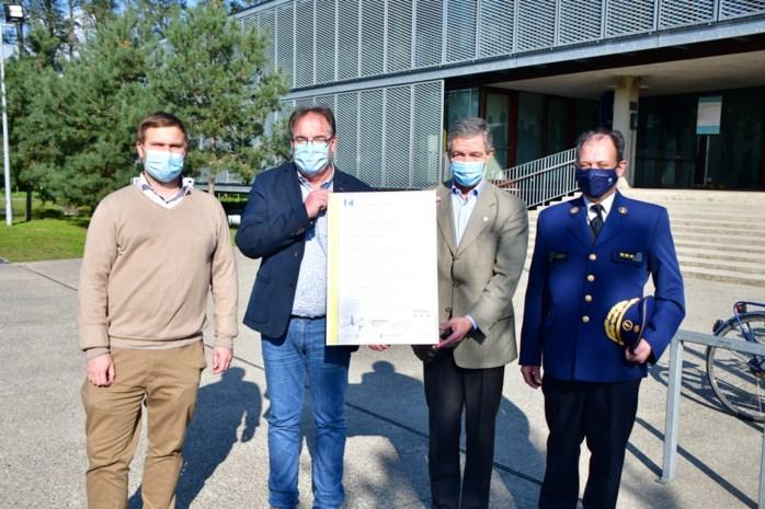 Bonheiden ondertekent SAVE-charter: nieuwe fietspaden maken Weynesbaan en Muizensteenweg veiliger