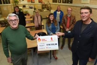 Hubert stapt voor goede doel naar bedevaartsoord Santiago de Compostella en haalt zo 16.000 euro op
