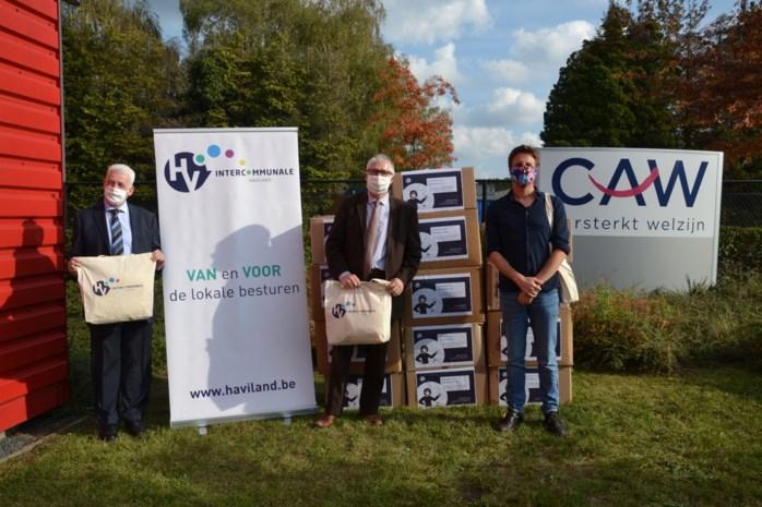 Welzijnswerkers krijgen duizenden mondmaskers van Haviland