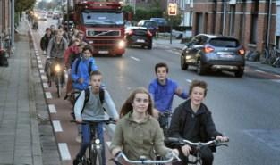"""Oppositie wil strengere regels: """"Vrachtwagens weg houden van scholen"""""""