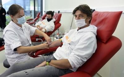 """Koen Wauters en Joris Brys doneren bloedplasma: """"Alles om andere patiënten te helpen"""""""