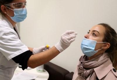 """Hoe het coronavirus kan profiteren van de nieuwe teststrategie: """"Dit is wraakroepend"""""""