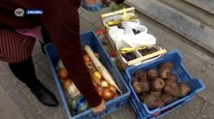Wok Dynasty Heverlee schenkt voedseloverschotten aan Poverello in Leuven
