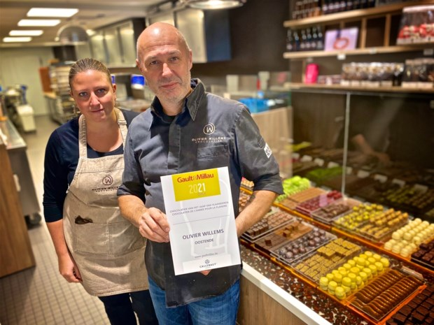 """Zijn pralines hebben een 'lekker design', dus werd Olivier Willems verkozen tot 'Chocolatier van het jaar' van Gault & Millau: """"Blij dat onze inspanningen beloond worden"""""""
