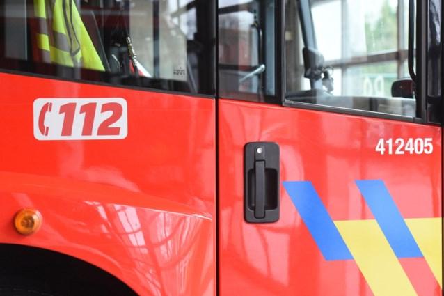 Brand bij afvalverwerkingsbedrijf: brandweer vermijdt erger door snelle interventie
