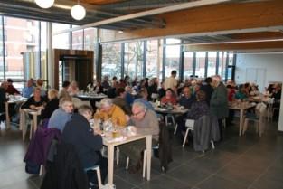 """Ook in sociaal restaurant kan je nu maaltijden afhalen: """"Voor veel van onze klanten is de lunch een moment om hun eenzaamheid te vergeten"""""""