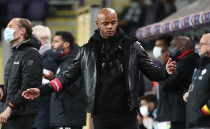 Veel topcoaches deden het al, maar  bij Vincent Kompany was mea culpa geen pure show: waarom de Anderlecht-coach zich echt zorgen maakt