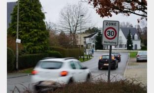 Straks kan Gent zelf snelheidsboetes innen in zone 30 en 50: remt dit snelheidsduivels af?