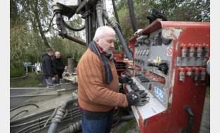 """Dit is Eddy (69), 's lands oudste putboorder: """"Al 47 jaar geboeid door wat we naar boven halen"""""""