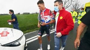 Pijnlijke nek, misselijk en hoofdpijn: seizoen van Mathieu van der Poel eindigt in West-Vlaamse gracht