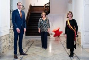 Lieve Van Lancker heeft eed afgelegd als nieuwe burgemeester<BR />