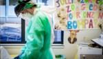 Gemiddeld bijna 320 Covid-patiënten per dag in ziekenhuis opgenomen, in één dag 50 doden en 13.000 besmettingen