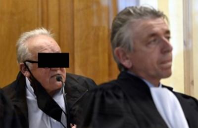 Onverwachte wending op proces neergestoken para: buurman Roger gaat resoluut voor vrijspraak