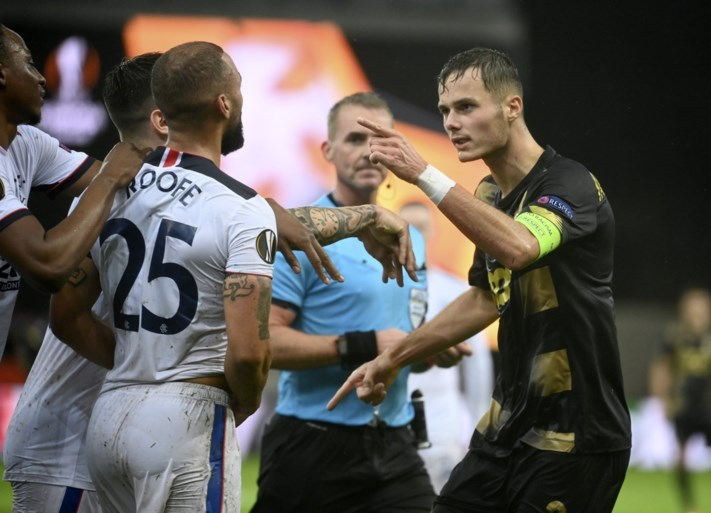 Uitgerekend ex-Anderlechtspits Kemar Roofe scoort wereldgoal tegen Standard: bekijk hier de trap van op eigen helft!