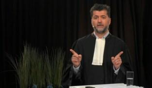 Zelfgebrouwen bier en vurig pleidooi voor een digitaal justitie: zo opent Gentse balie het jaar