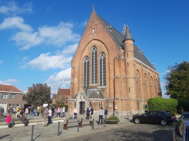 """Politiek geschil over renovatie kerk: """"Waarom moet Maldegem 176.000 euro betalen voor een Eeklose kerk?"""""""