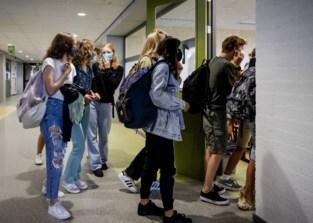 """""""Eerste scholen dreigen te sluiten"""": te weinig leerkrachten in Gent door corona"""