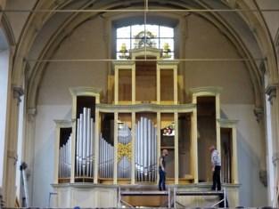 """Dit doen ze nergens meer"": bouw van uniek orgel in Wondelgem nadert eindfase"