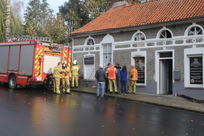 Zware schade na brand bij Billie's Beauty Lounge & Barber Shop