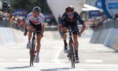 UITSLAG ETAPPE 20 GIRO. Onwaarschijnlijk slot dankzij sprint bergop: Geoghegan Hart en Hindley in gelijke tijd aan de start van beslissende tijdrit