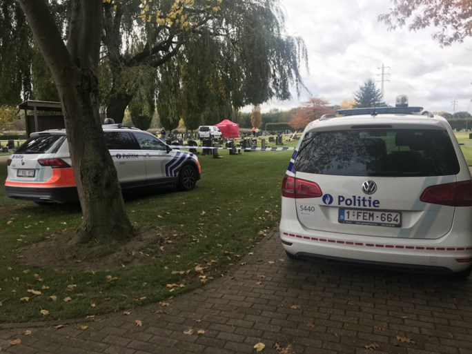 Koppel dood aangetroffen aan graf van hun zoon op kerkhof van Aalst