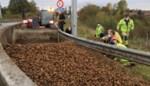 Landbouwer verliest lading aardappelen