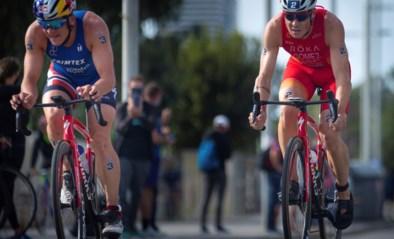 Peter Denteneer eindigt als zestiende in triatlon van Barcelona, zege is voor Noor Blummenfelt