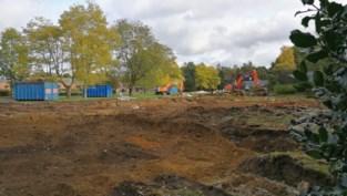 Site Sint-Anna verandert in zorgdorp, achttien oude serviceflats ruimen baan voor vijftig nieuwe