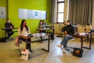 Hier is code oranje écht oranje: Leuvense secundaire scholen gaan ook na de herfstvakantie voor afstandsonderwijs in tweede en derde graad
